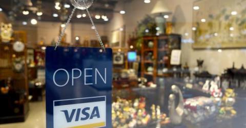 Топ-менеджер Visa назвал криптовалюту идеальным инструментом для мошенников